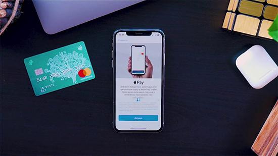 Процесс оплаты смартфоном iPhone вместо карты
